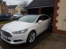 Ford Mondeo 2.0 T EcoBoost Titanium 5 dr White Pearl