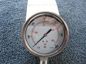 "100mm Pressure gauge, 0 - 6000psi range, 1/2"" NPT thread"
