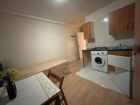 Lovely Studio Flat To Let very close to Manor Park Station