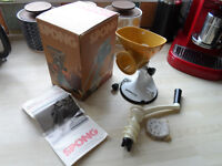 vintage retro Spong N705 mincer grinder IN BOX WITH NEW STEEL CUTTERS