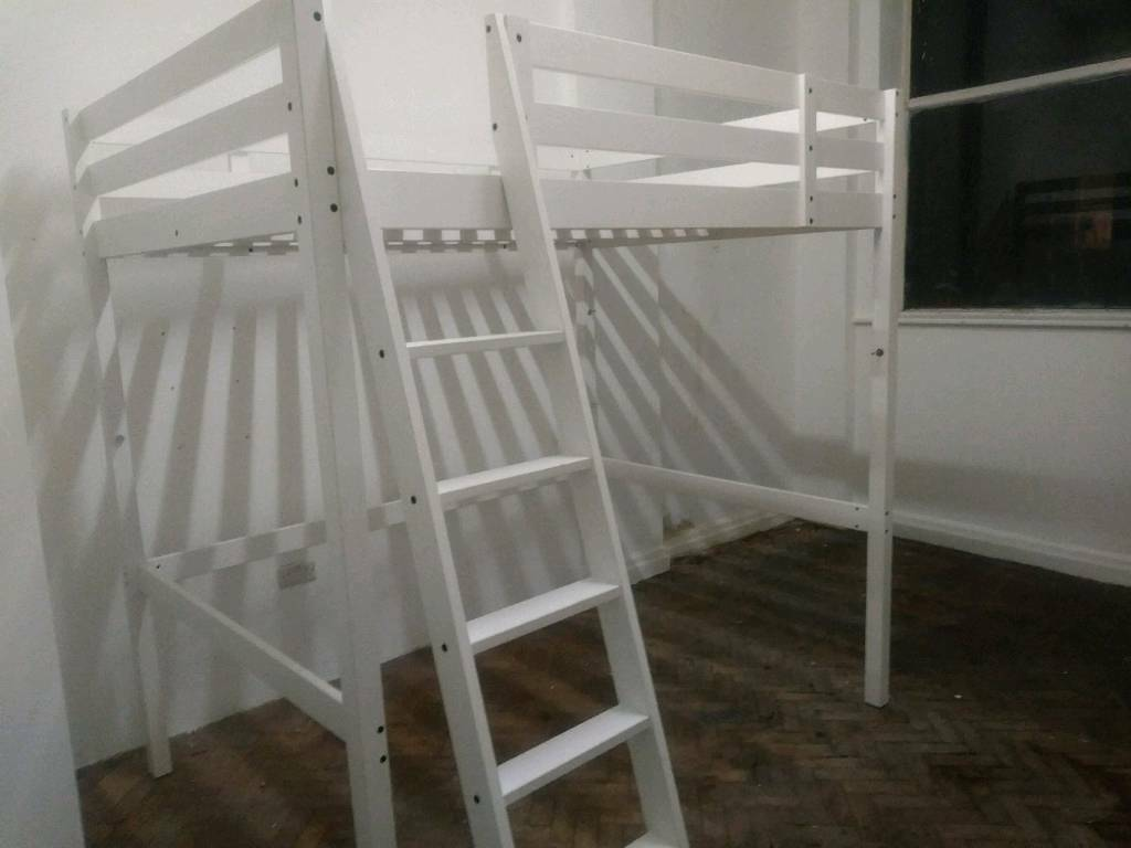 Double bed with ladder can deliver