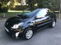 Renault Twingo 1.2 16v Music in Black 2010 with 33,000 miles
