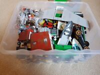 Large box of assorted lego
