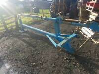 Tractor three point linkage Post Knocker chapper in great order comes with stob post holder