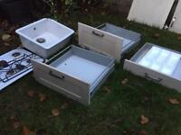 Kitchen units, gas hob, butler sink