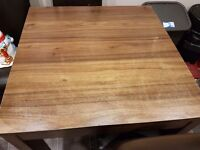 Walnut extendable dinning table