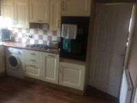 3 bed house in saxmundham looking for at least 3 bed Ipswich and surrounding areas