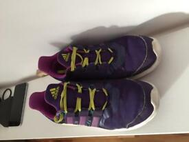 Girls/Women's trainers size 4 Adidas