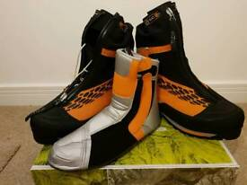 Scarpa Phantom 6000 unused mountaineering boots. Size 49.