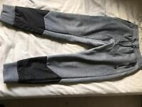 Voi jeans track pants / small