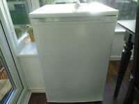 UNDER THE COUNTER FRIDGE FOR SALE. EXCELLENT CONDITION.