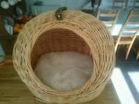 Cat sleeping basket bed