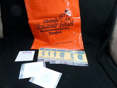 Disney Disneyland Park Mickey's Halloween Party Trick-or-Treat Bag w goodies1995 - Disney Park Halloween Treats