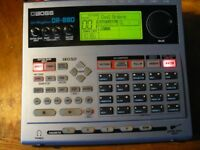 BOSS DR880 DRUM MACHINE.BOXED,EXCELLENT,LIKE NEW