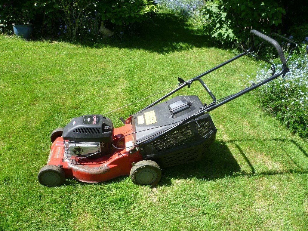 Petrol Lawn Mower Non Runner In Chadwell Heath London