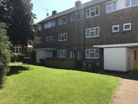 Flat to rent in Staines