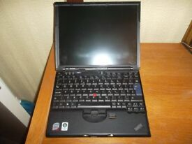 Laptop *** Lenovo ThinkPad X61 Core 2 Duo T7300 1.80 GHz 3 GB RAM 160 GB HDD Ref: 8469
