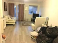 Newly Refurbished 2 Bedroom flat to let ready to move ( No Dss )