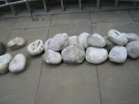 26 Natural White Rockery Stones