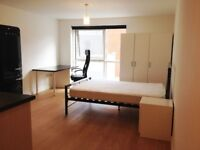 Studio apartment in Gunwharf Quays, BILLS INCLUDED