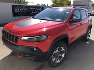 2019 Jeep Cherokee Trailhawk Turbo! Fully loaded! Navigation!