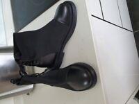 Ladies Black Shoe Boots Size 5.5/6