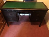 Classic style desk with leather top