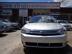 2010 Ford Focus SE CERTIFIED Kitchener / Waterloo Kitchener Area image 1