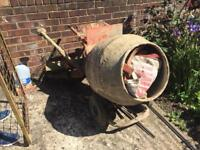 Concrete Mixer working condition in Hounslow £300