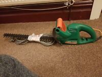 Black & Decker GT250 (41cm) Electric Hedge Trimmer