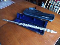 Intermediate flute with B foot
