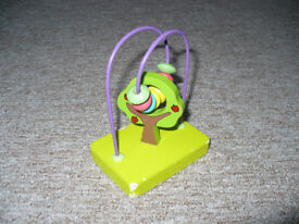 Wooden Childrens Toys Small Bead Maze Tree for Little Fingers.