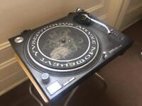 Technics 1210 mk2 Direct Drive Turntable + x2 Ortofon pro s cart & stylus