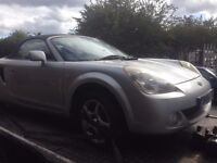 2003 TOYOTA MR2 1.8 VVTI MANUAL BREAKING FOR PARTS