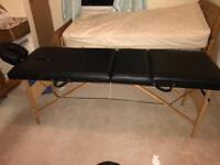 Massage / beauty table