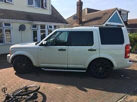 Land Rover discovery 3 white