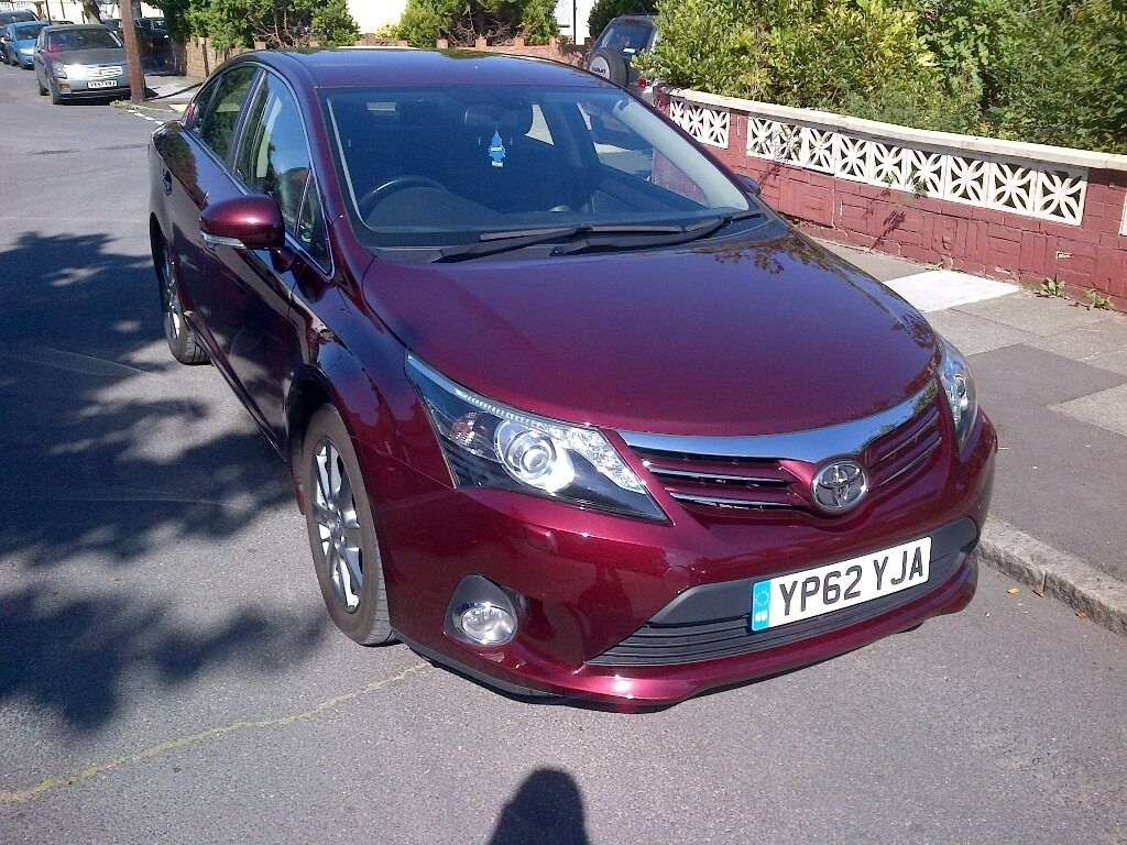 Toyota Avensis 2012(62) T-SPIRIT DIESEL FULL LEATHER SEATS Top of the Range Sat Nav! £30 Road Tax!