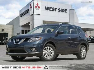 2016 Nissan Rogue SV–AWD–Accident Free–SiriusXM–Sunroof and Moon