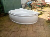 As new corner bath and front panel