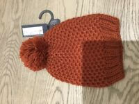 Chestnut ladies bobble hat- brand new