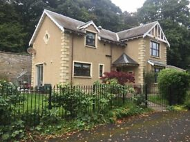 Double room (fully furnished) to rent in a comfortable modern house with garden in Monifieth, Angus