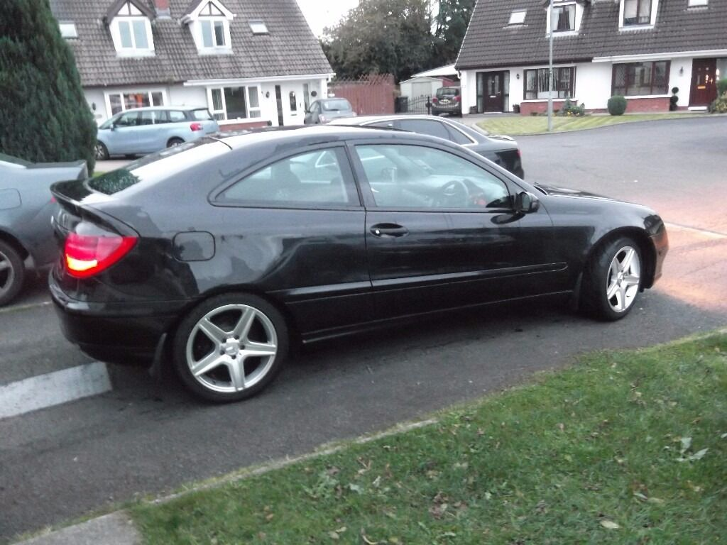 mercedes benz c220 cdi coupe 2003 mot till 11 march in. Black Bedroom Furniture Sets. Home Design Ideas