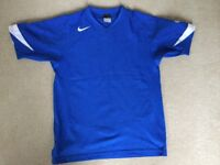 Blue Nike Sports Top Youths Size XL - Only Worn a Few Times