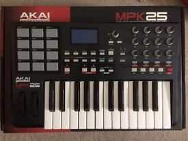 USB Midi Keyboard Akai MPK25 with touch pads - brand new!