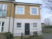 1 bedroom flat in Candler Mews, Twickenham