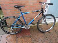 mens scott mountain bike with lock and lights £45.00