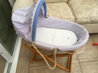Mamas and Pappas Moses basket