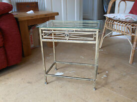 Metal/glass occasional table