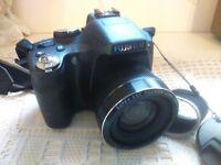 Fujifilm Finepix SL300 Compact Bridge Camera 14MP 30x Zoom Hardly Used