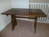Wooden table in excellent condition